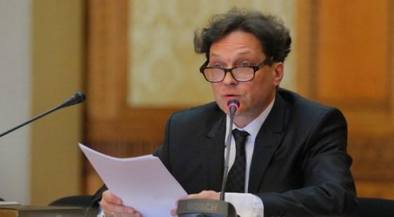 """Ministrul Culturii a sesizat Comisia de disciplină în cazul directorului din minister acuzat de Tudor Giurgiu că """"a cerșit"""" invitaţii la """"Moromeții 2"""""""