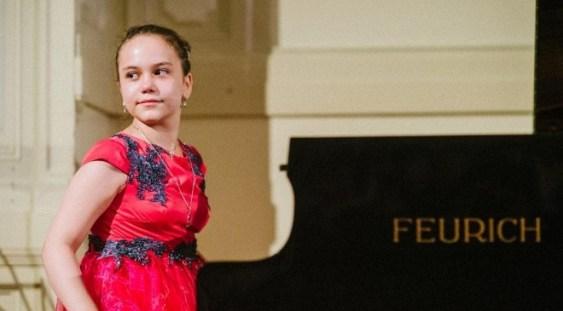 Maria Louisa van Staden cântă în concertul de gală de la Hamburg, unde va fi şi premiată
