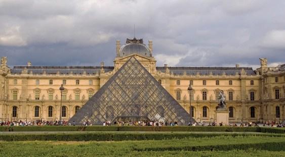 Muzeul Luvru din Paris se redeschide luni, 6 iulie