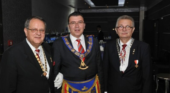 Masonii din România își aleg un nou Mare Maestru după demiterea lui Radu Bălănescu