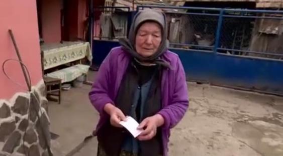 Femeia care a primit 16 ani o pensie mai mică din vina unui funcționar își va primi toți banii înapoi