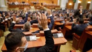 Parlamentul a dat liber la angajări în instituțiile și autoritățile publice