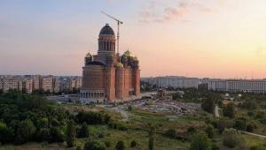 Catedrala Mântuirii Neamului a intrat în Cartea Recordurilor cu cel mai mare iconostas ortodox din lume