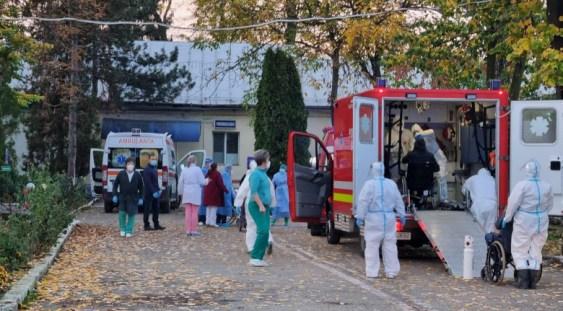 Cod roșu la Spitalul din Târgu Cărbunești, instalația de oxigen s-a stricat