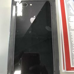 Apple iPhone 8 Plus - 64GB