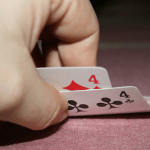 Pick the Best Poker Playing Site Online with these Tips_classiblogger