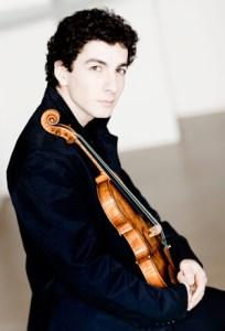 Violinist Sergey Khachatryan (Photo: Marco Borggreve)