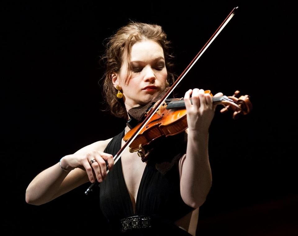 Hilary Hahn (Photo: Karsten Moran)