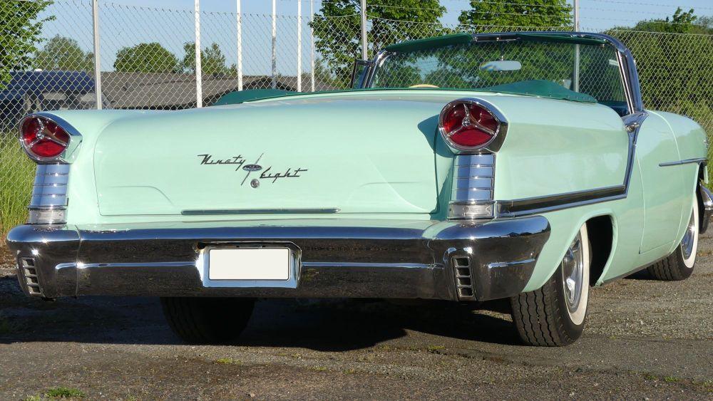 Oldsmobile Starfire 1957 98 Convertible (11)