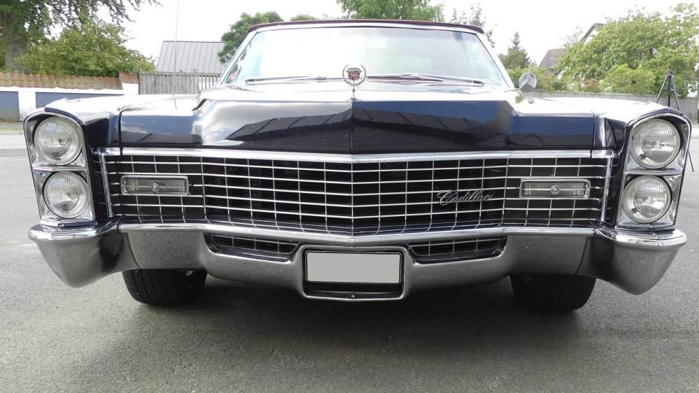 Cadillac De Ville 1967 Convertible (18)