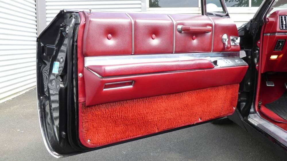 Cadillac De Ville 1967 Convertible (24)