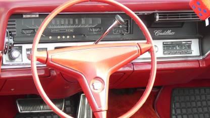 Cadillac De Ville 1967 Convertible (26)