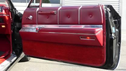 Cadillac De Ville 1967 Convertible (27)