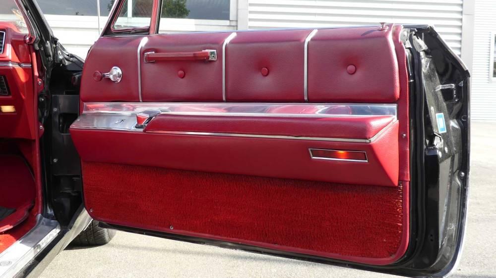 Cadillac De Ville 1967 Convertible (28)