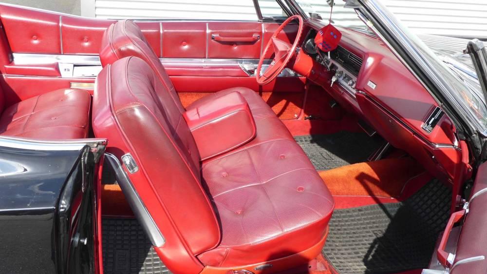 Cadillac De Ville 1967 Convertible (29)