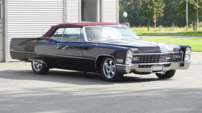 Cadillac De Ville 1967 Convertible (5)