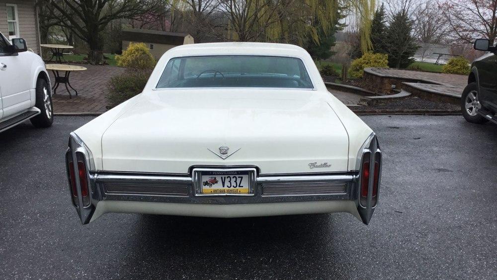 Cadillac 4 dr ht 1966 (6)