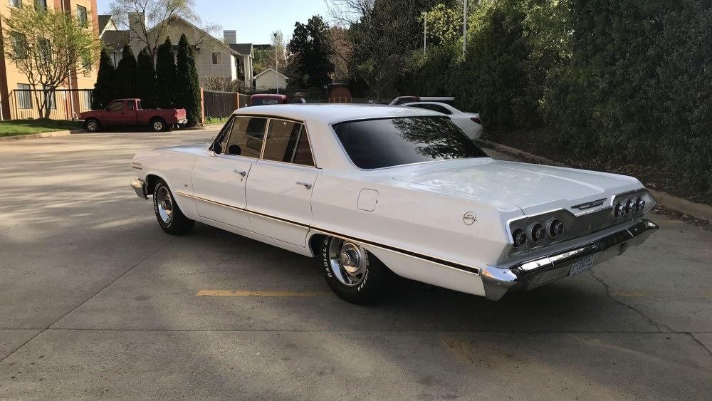 Chevrolet-Impala-4-dr-ht-1963 (4)
