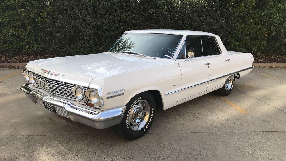 Chevrolet-Impala-4-dr-ht-1963 (9)