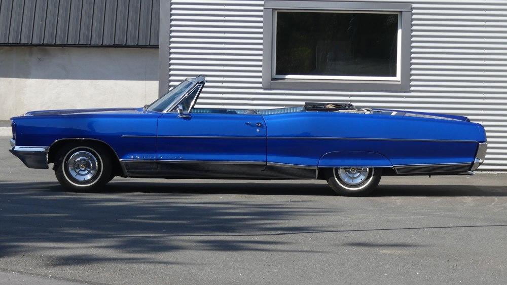 Pontiac Bonneville 1966 (10)