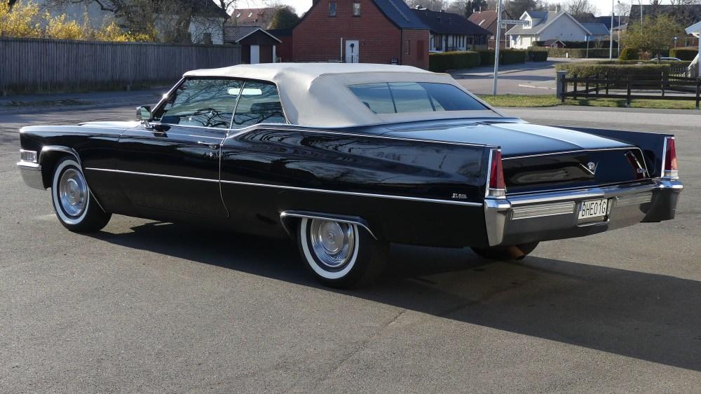 Cadillac Deville 1969 Convertible (7)