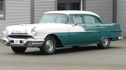Pontiac Cheiftain 1956 4D (1)