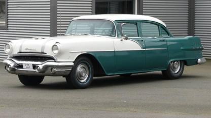 Pontiac Cheiftain 1956 4D (2)