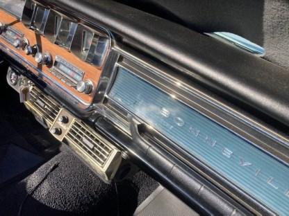 Pontiac Bonneville Cab 1966 (18)