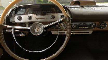 1957 DeSoto Firedome 4DR (20)
