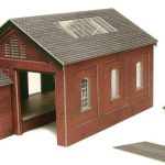00 scale Goods Shed In Brick