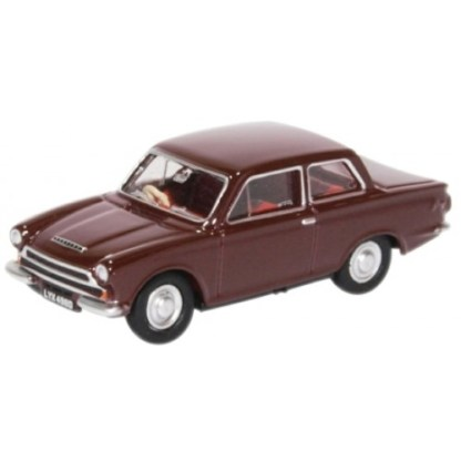 Oxford Models 1-76 Ford Cortina Mk I in Black Cherry.