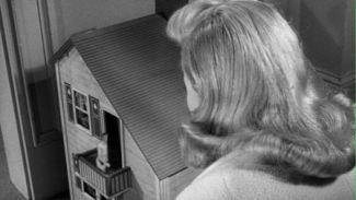 1957 incredible shrinking man grant williams randy stuart dollhouse