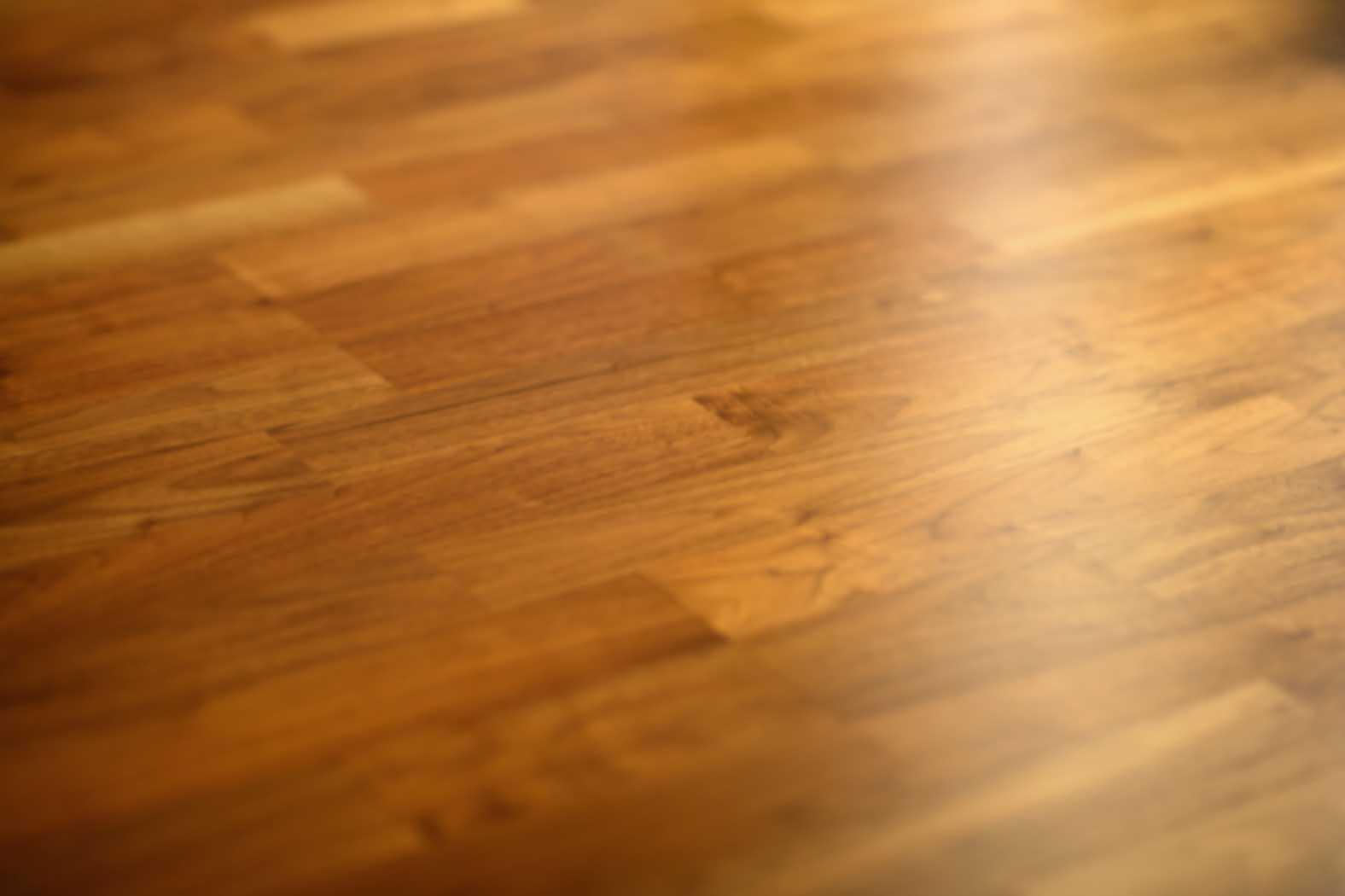 sàn gỗ căm xe dòng sàn màu nâu vàng