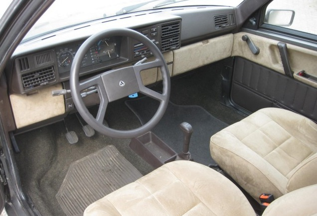 https://i2.wp.com/www.classicitaliancarsforsale.com/wp-content/uploads/2012/08/next-image-3.jpeg