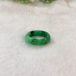 apple green jade ring