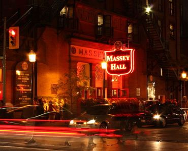 5 Best Small Music Venues In Toronto