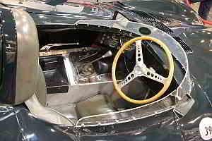 1954er Jaguar D-Type Interior auf der TECHNO CLASSICA 2014 Foto: Peter Kraaibeek