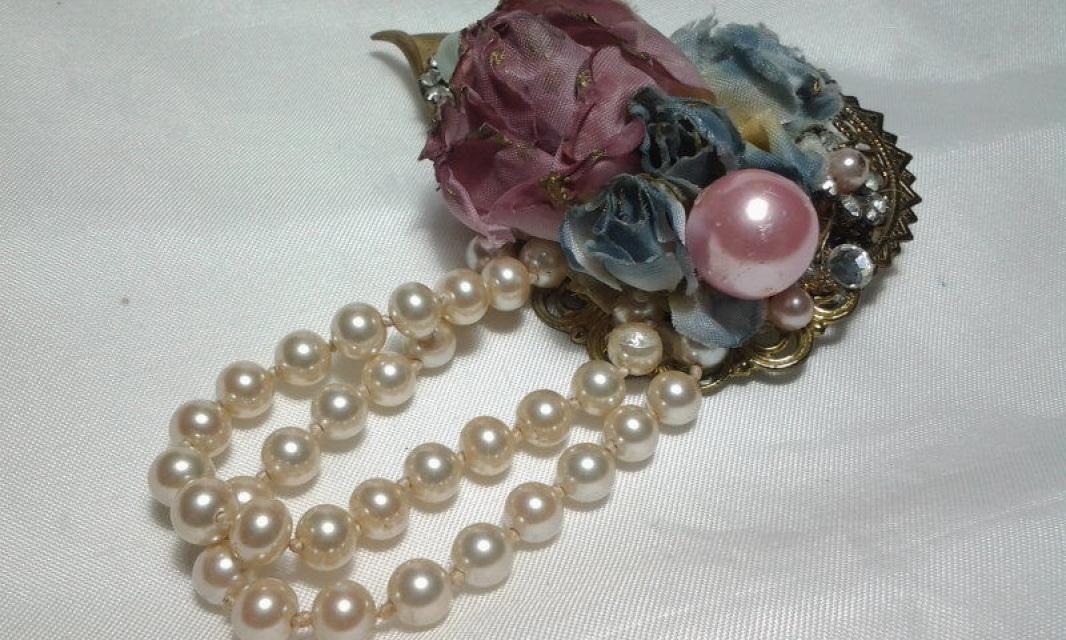 Vintage Gold Victorian Fabric Pink Rose Corsage Pearl Bead
