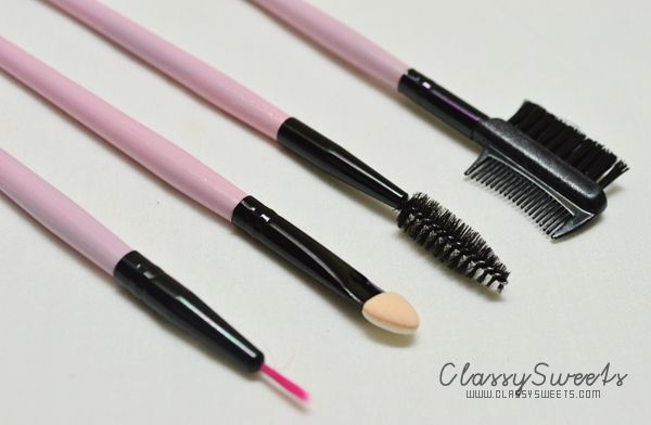 Romwe's 24pcs Make Up Brush in Black and Pink: Brush Your Way To Beauty