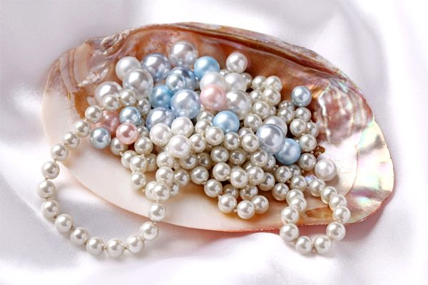 A History Of Pearls
