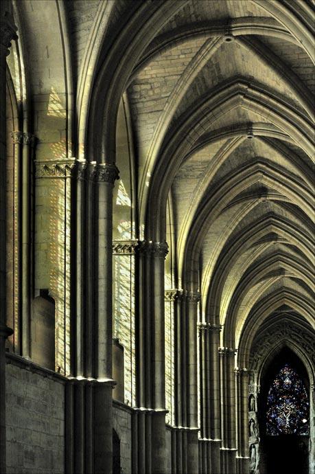 cote-est-cathedrale-de-reims