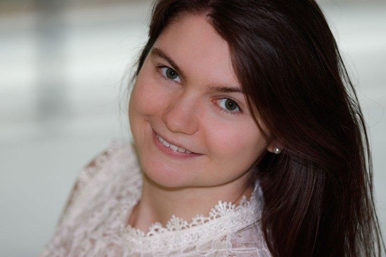 Claudia Link, Fotograf, Fotografie, Regensburg, Nürnberg, Roth, Erlangen, Portrait, Beautyshooting, Fotoshooting, Portraitfotografie, Bewerbungsbilder