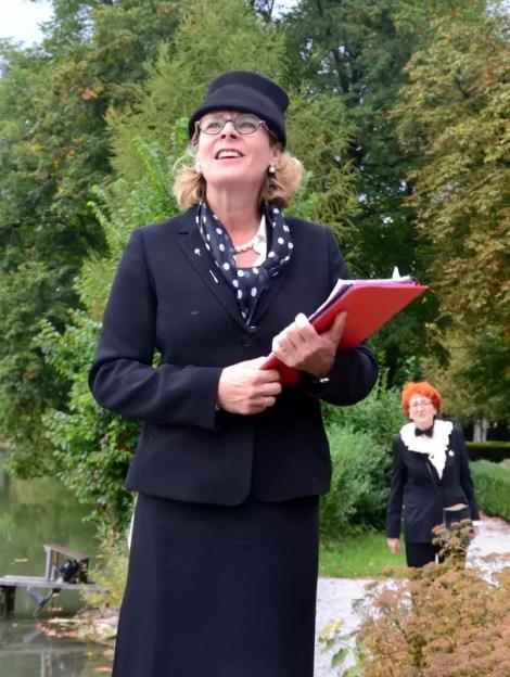 Susanne Czepl als Helen Thimig