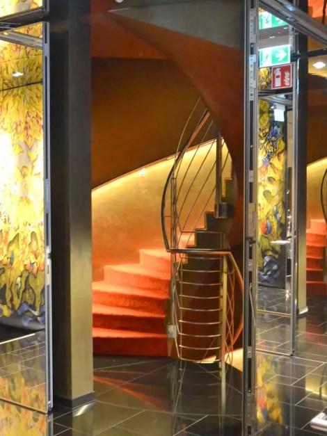Stiegenhaus Derag Livinghotel am Viktualienmarkt