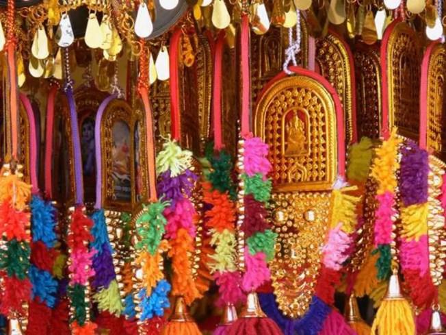 Aus dem Reisetagebuch meiner Mama; Busreise durch Kerala