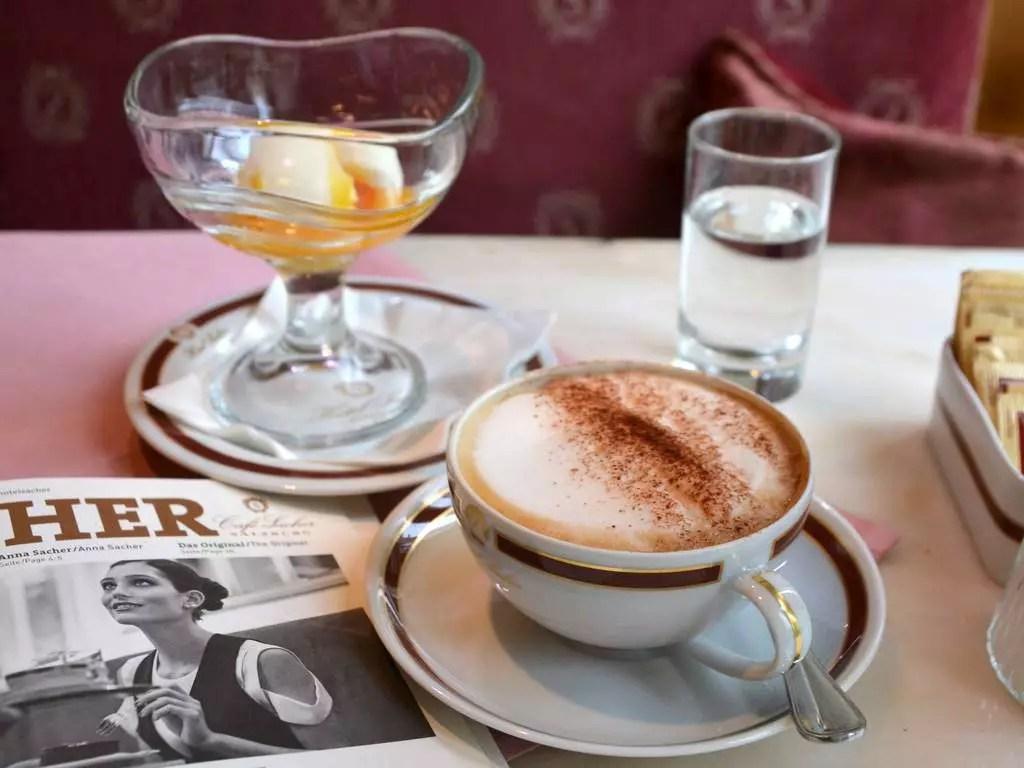Frühstück im Café Sacher Salzburg