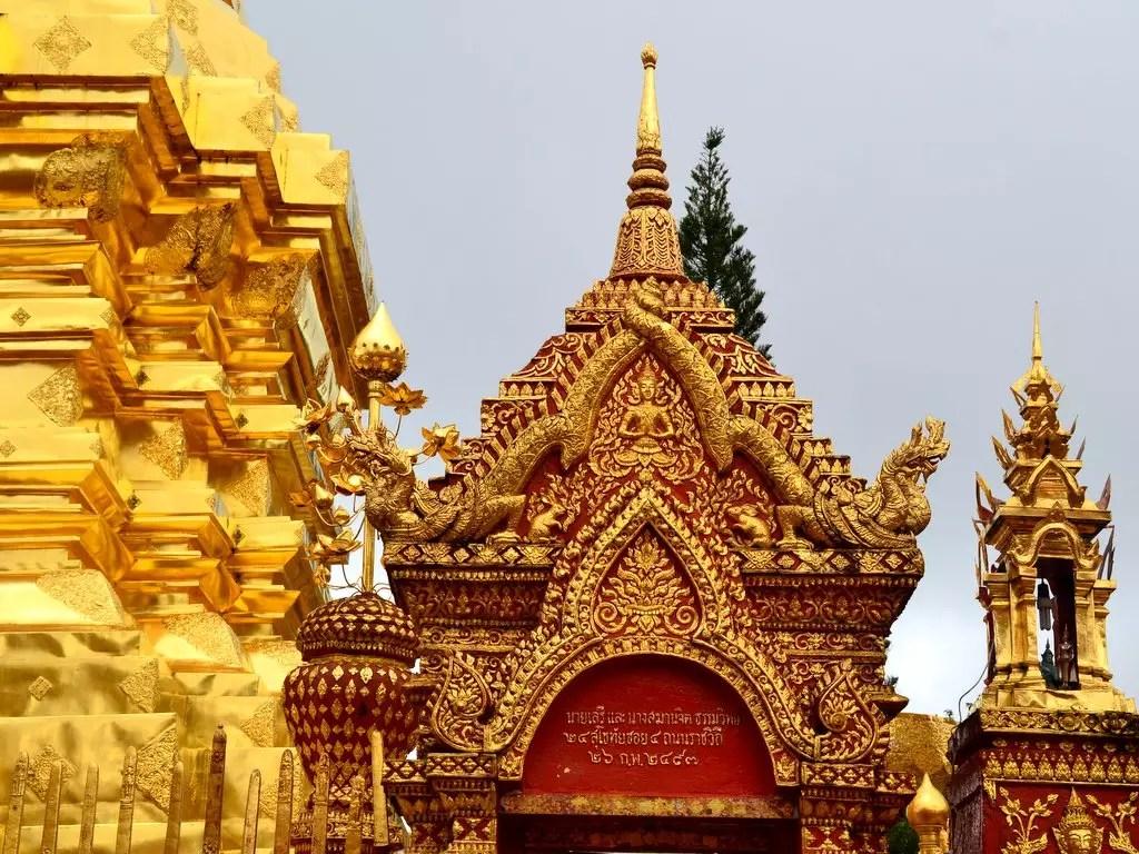 Von Tempeln und Prophezeiungen