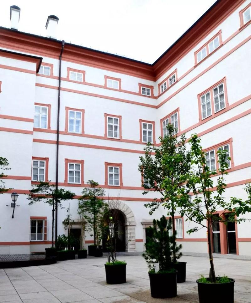 Innenhof Salzburg Museum