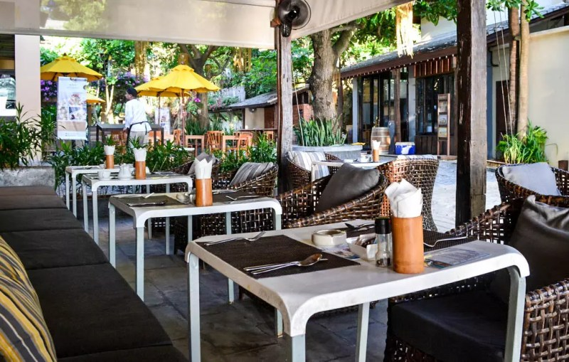 Restaurantbereich Buri Rasa Phangan