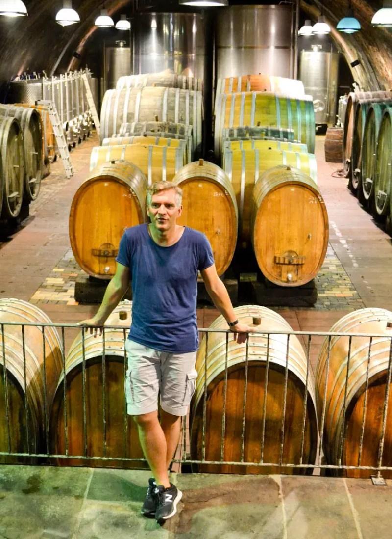 Philipp Wittmann im Weinkeller
